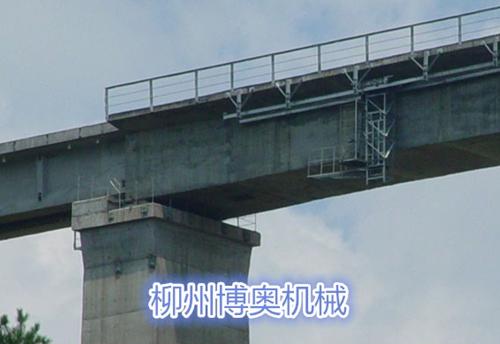 桥梁底部检测车的用途特点
