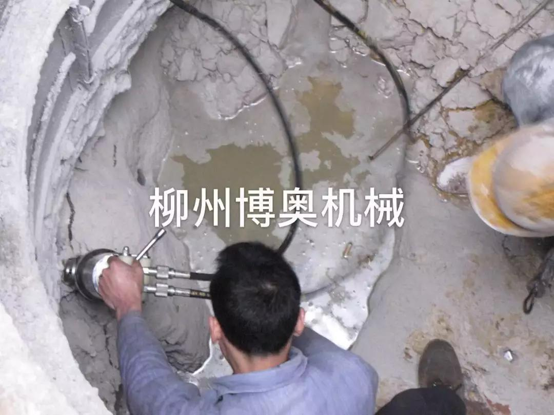 竖井/基坑破石设备方法