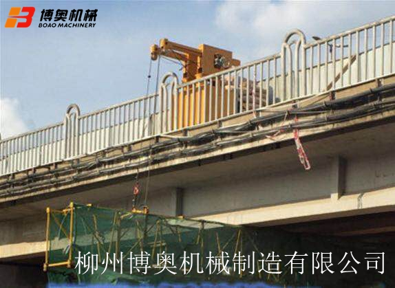 桥梁PVC排水管道安装高空作业施工行走车